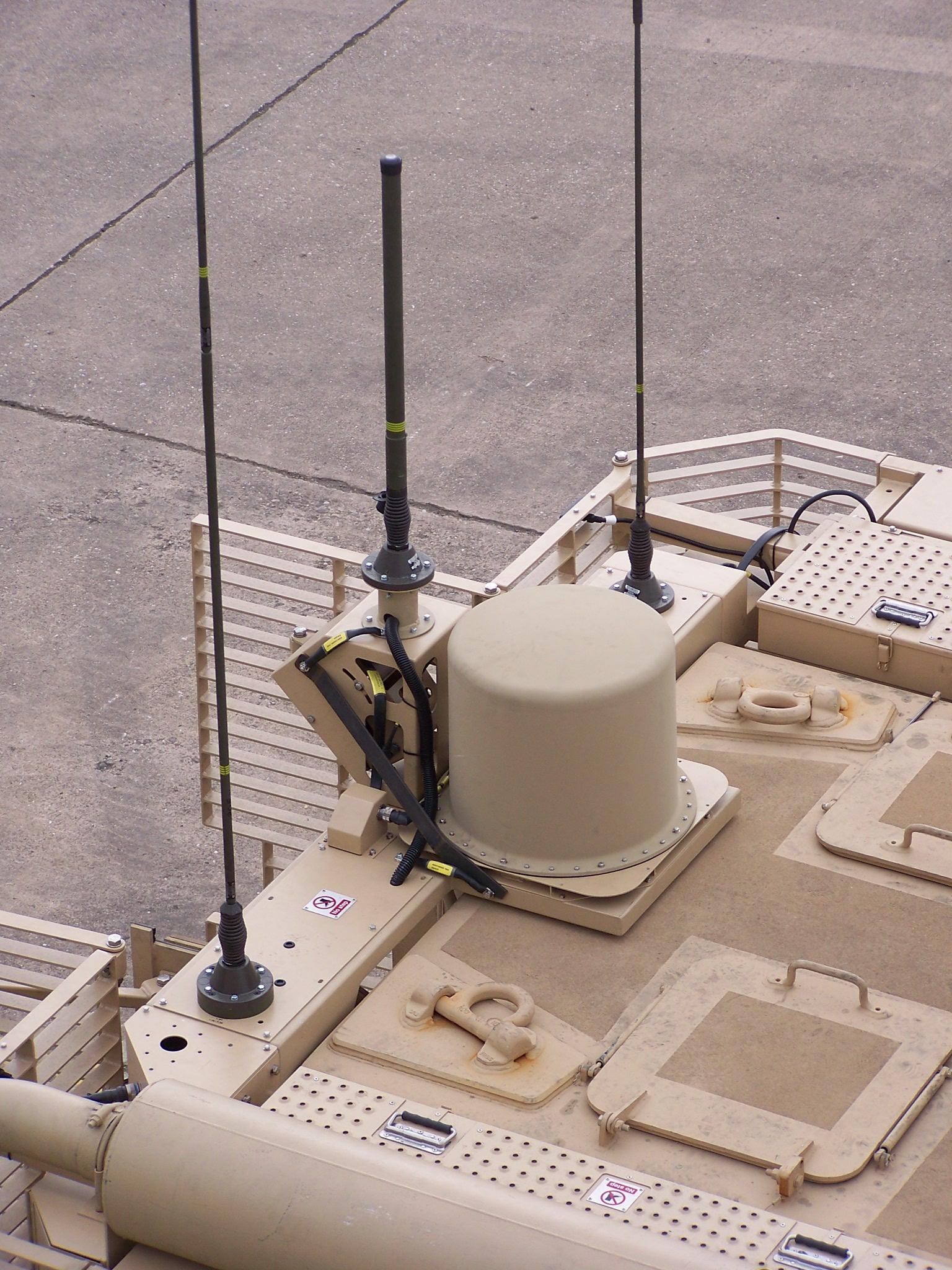 AV2094-3 Self Steering UHF Satellite Antenna System