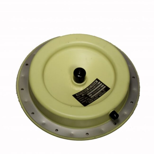 960 - 1220 MHz antenna for airborne radar interrogation
